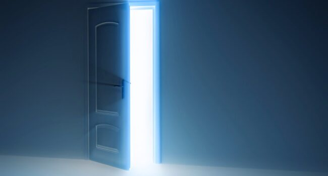 la puerta abierta del universo